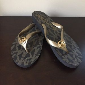 Michael Kors Shoes - ❌SOLD LOCALLY❌ Michael Kors Sandals